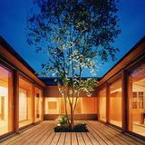 マージナルな空間・中庭
